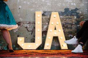 'JA'<br>€85