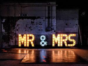 'MR & MRS'<br>€240