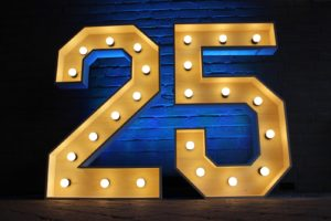 '25'<br>€85